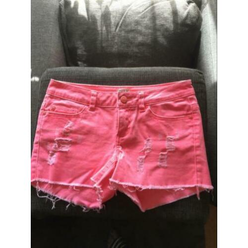 Gave short / korte broek Only mt 26 roze