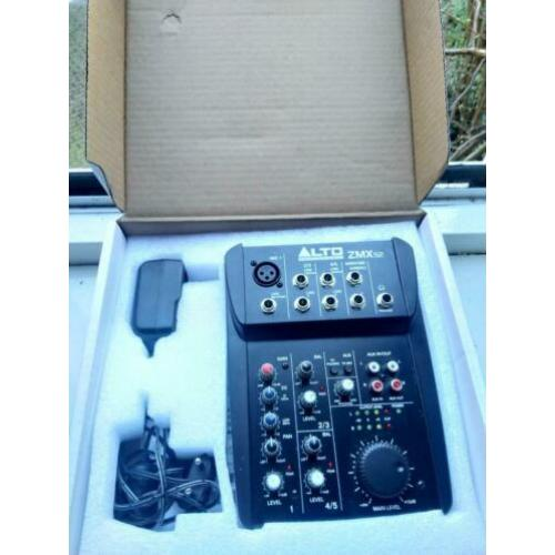 Alto ZMX52 compact 5 channel mixer