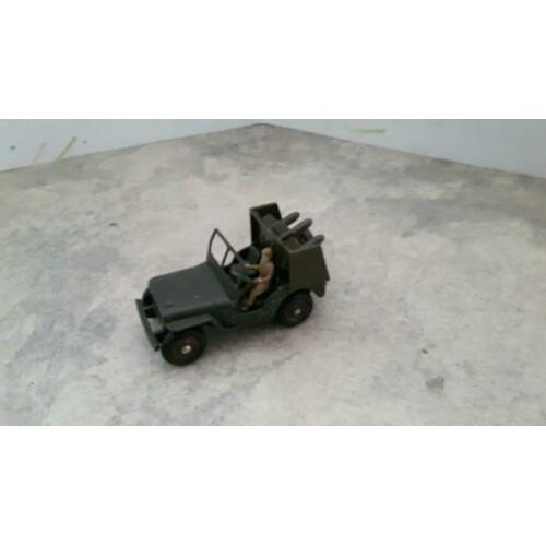 Dinky toys 828 jeep missile launcher